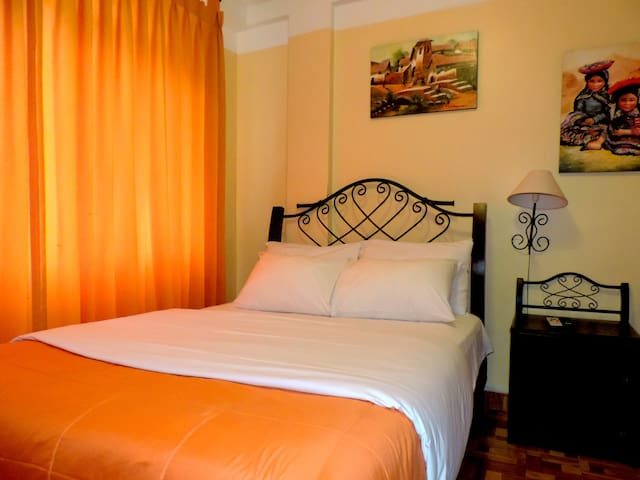 Habitacion Matrimonial : 2 Personas - Aguas Calientes - Bed & Breakfast