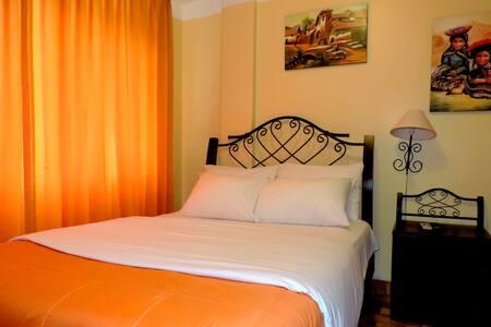 Habitacion Matrimonial : 2 Personas - Aguas Calientes - 住宿加早餐