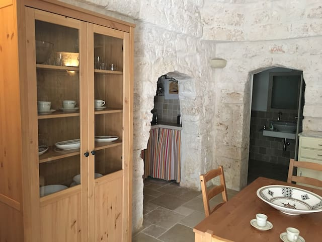 Lovely Stone House in Ostuni - Ostuni - Apartment