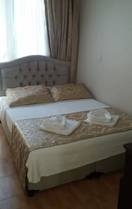 Welcome to the city of love s9 - Foça - Bed & Breakfast