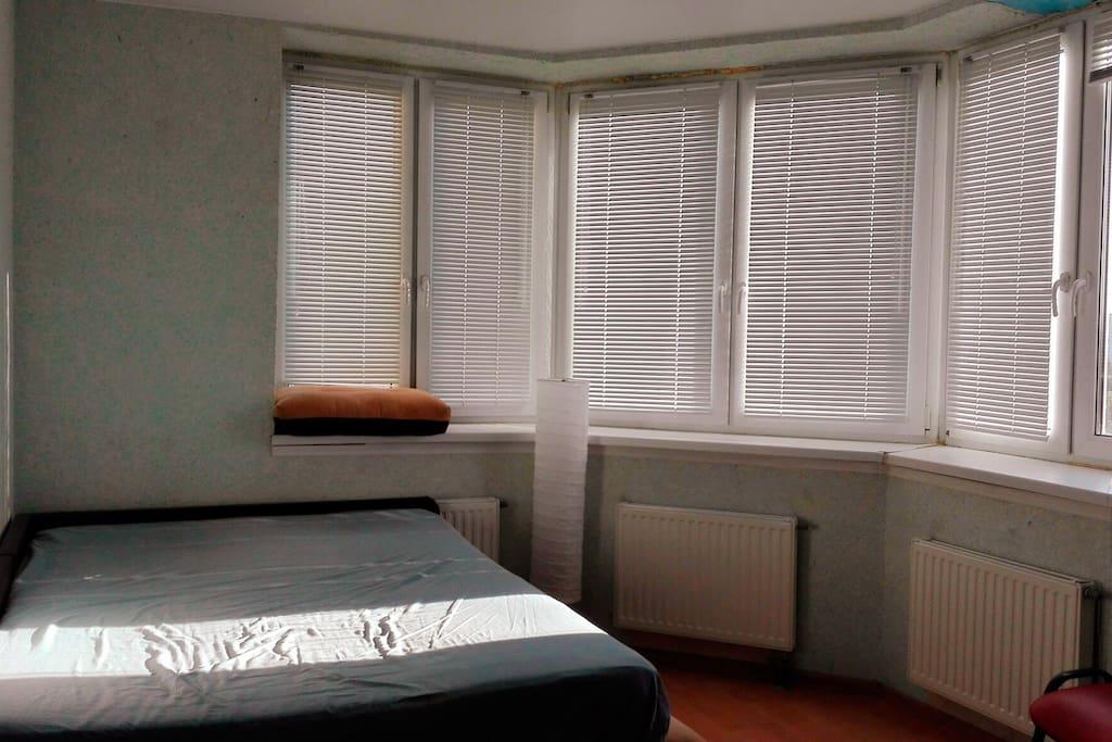Светлая и уютная квартира со всем необходимым.
