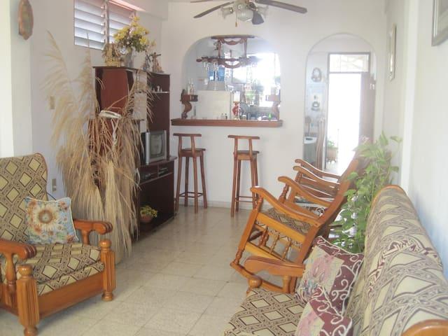 Casa Grisell (Habitacion 1)