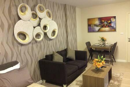 New Studio Apartment with big pool - Hua Hin - Huoneisto
