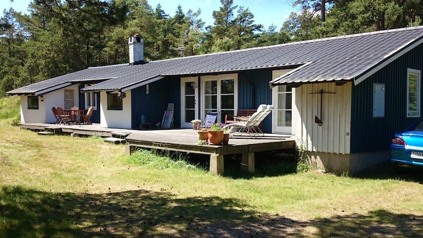 Sommarhus med havsutsikt - Borrby
