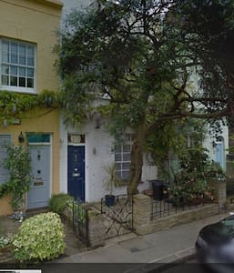 Charming mews house with garden