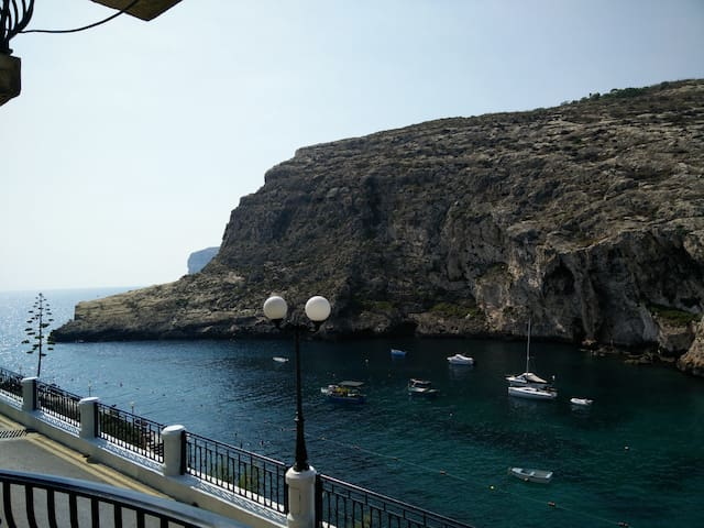 Air-Con Sunset, Sea, Cliff Views apt, Xlendi Gozo - Xlendi - Byt