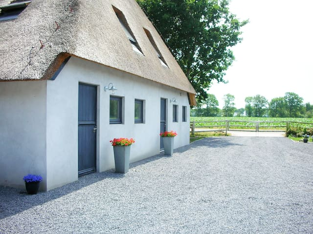 Modern B&B in the countryside - Langedijke - Szoba reggelivel