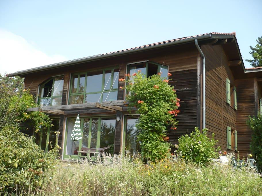 Maison en bois, bioclimatique