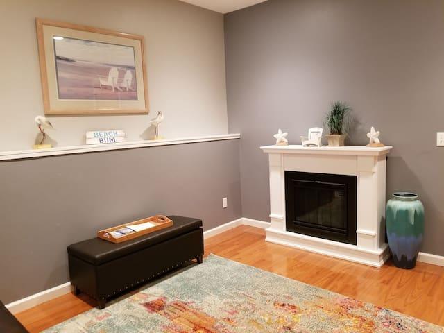 Astoria Airbnb Ground Floor Suite