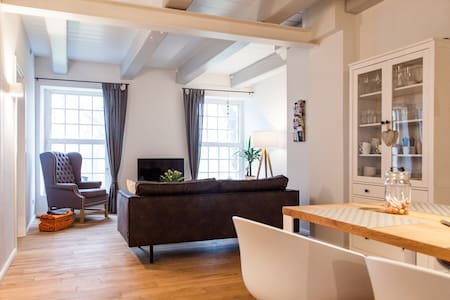 Apartment in restored Farmhouse from 1806 - Esens - Apartemen