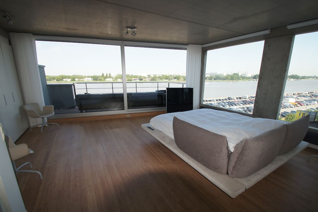 Amazing views from your lazy comfy bed