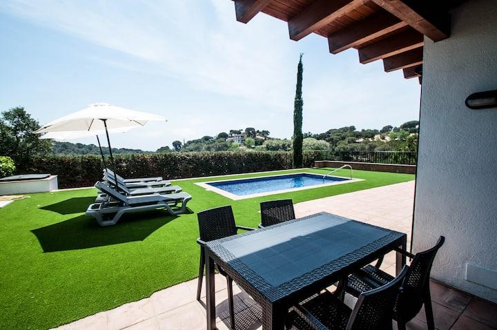 Vacation Villas- Villa Pinares
