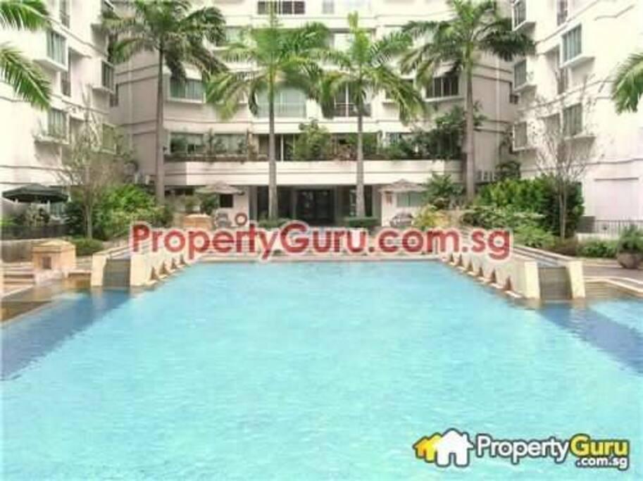 Main huge pool