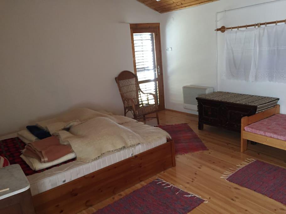 Hátsó ház hálószoba