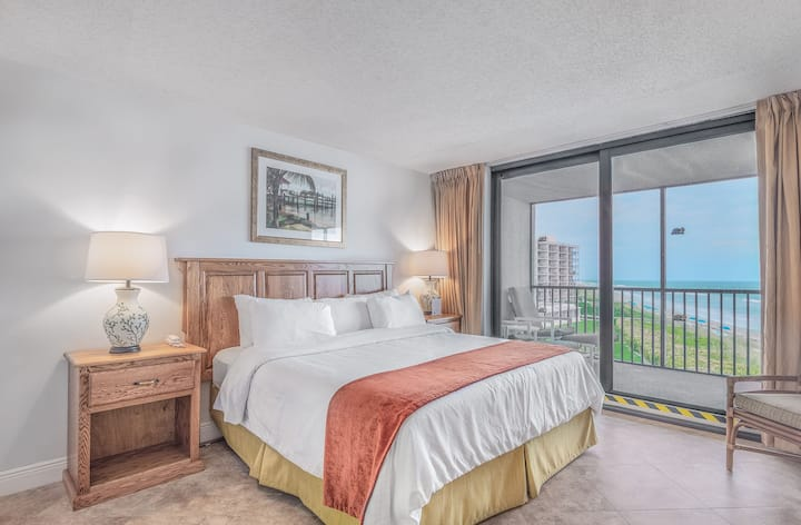 Oceanfront 2 BD Condo at Turtle Reef Club!