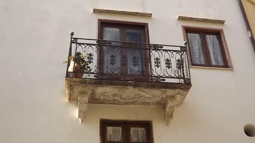casa antica nel centro storico