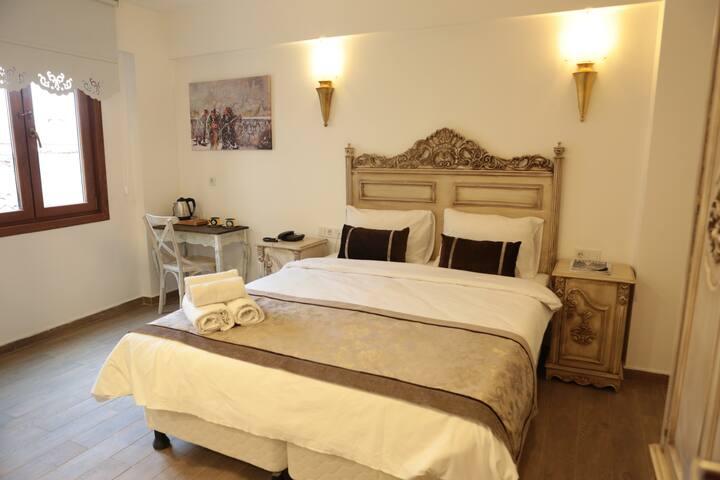 ORİELLA HOTEL 3