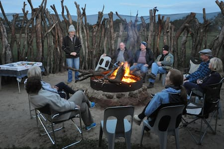 THE PLACE MOORA families, workers or small groups