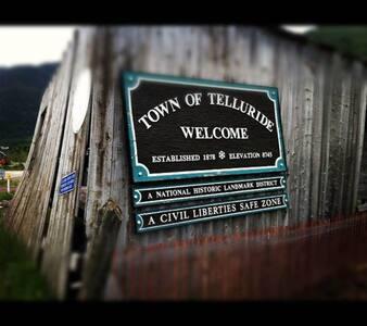 Telluride CO Condo in town - Telluride - Condominium