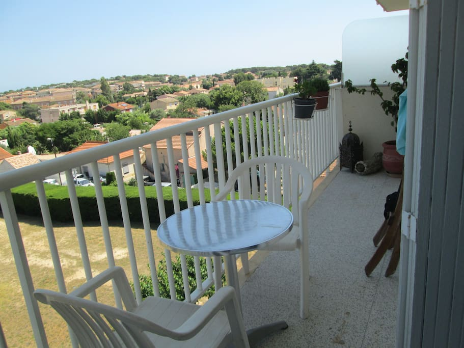 Possible de déjeuner sur le balcon