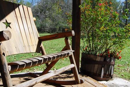 Nia Retreat Accommodation - Montgomery - Internat