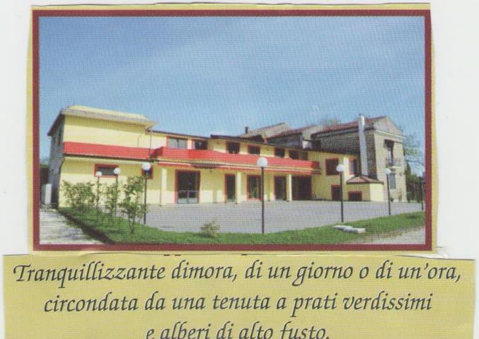 proprietario - Castel di Sasso - Byt