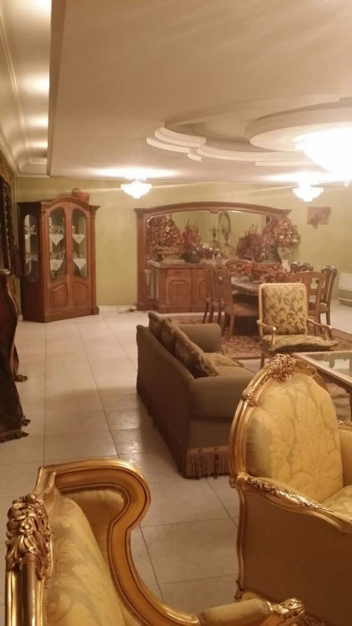 Cozy Big Family Apartment