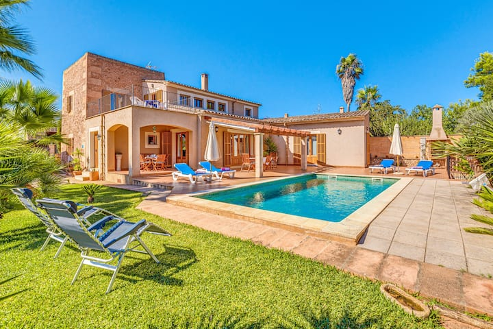 Fantastic Villa Cas Padrins de Campos with Mountain View, Private Swimming Pool, Terrace, Garden & Wi-Fi; Parking Available