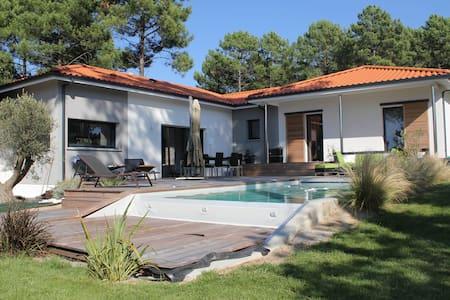 magnifique villa au golf - Biscarrosse