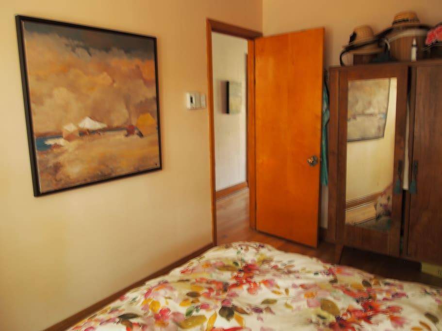 Chambre des maîtres, autre point de vue - Master bedroom, other point of view 3