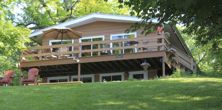 Green Lake Lakefront Vacation Home