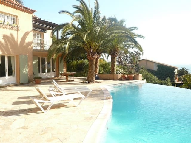 rent lovely villa with pool in Miramar near Cannes - THEOULE SUR MER - Talo