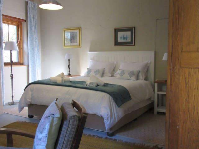 Sunbird self catering garden flat - Paarl - Haus