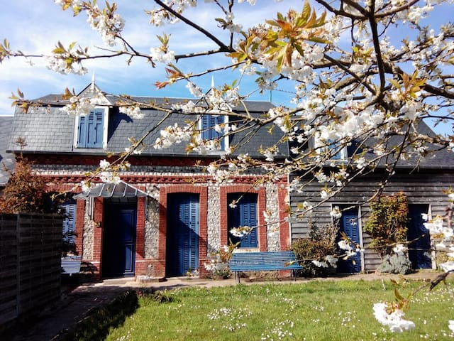 B&B ' Chez Alberto et Silvia'...Chambre Linda... - Saint-Pierre-en-Port - Oda + Kahvaltı