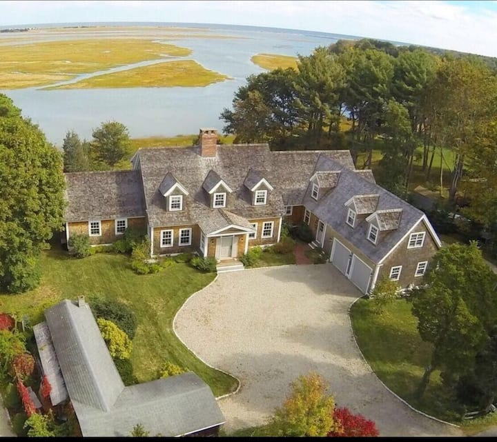Amazing Duxbury Bay views, The Wedding Guest House