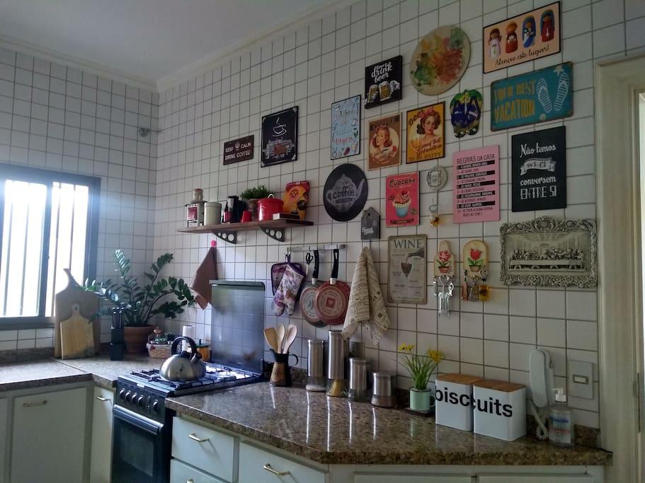 Disponibilizamos nossa doce cozinha.