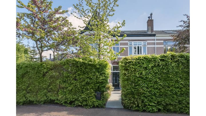 Deluxe villa 10 minutes from Dutch GP and beach