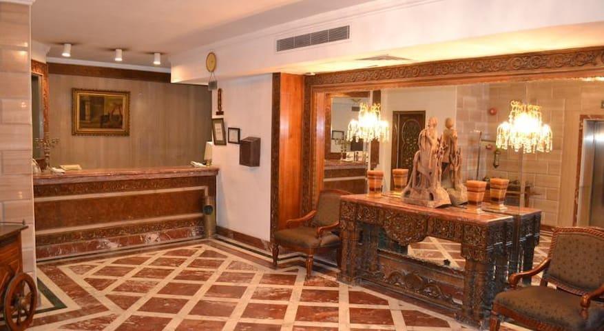 2 Bedroom Aprt. Zamalek Nile View