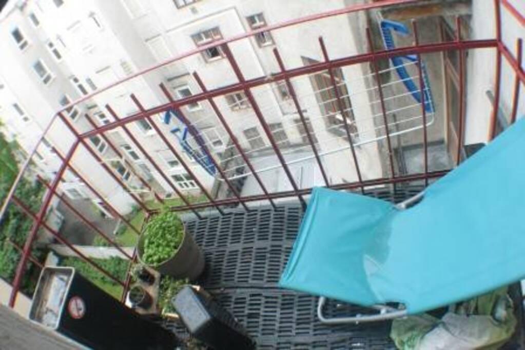 nice small balcony