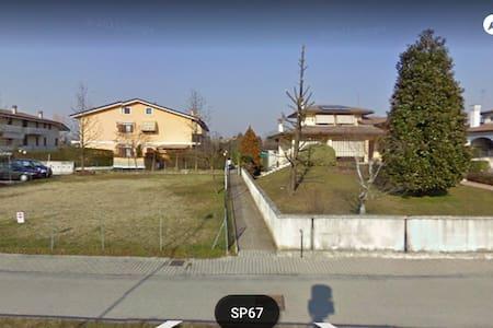 CASETTA A SCHIERA PER BREVI PERIODI - Cittadella - Szeregowiec