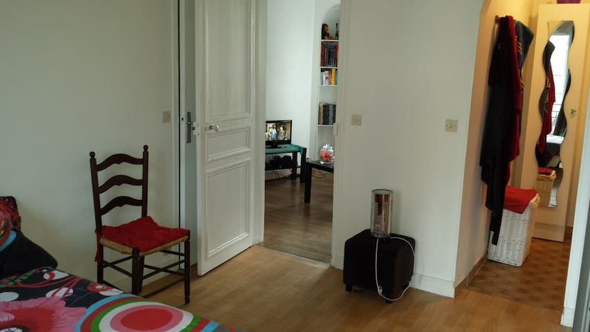 Superbe flat near the Métro !!!