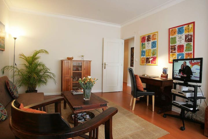 Monthly Rental @Beach & Town Estoril Apartment