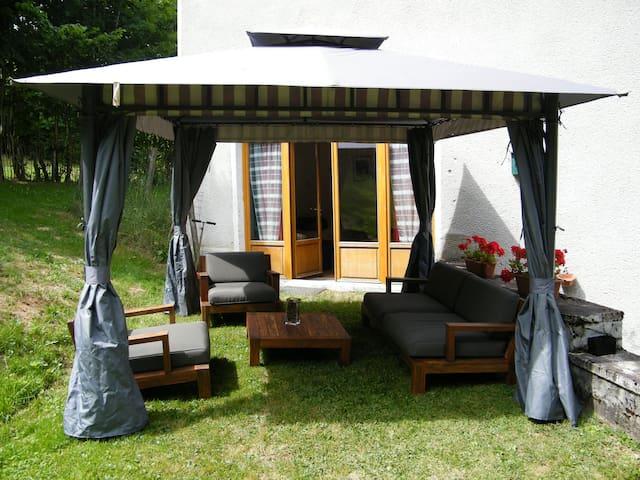 Gîte Maison Neuve - Grandval - Apartamento