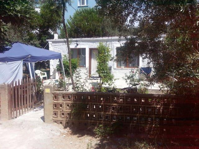 KUCUKKUYU DA DENIZE YAKIN BIR TATIL - Çanakkale - Dům