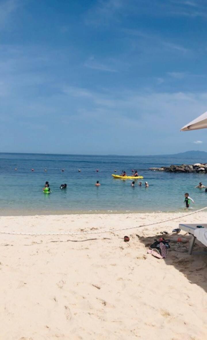 Beachfront Studio: Garza  Blanca Resort & Spa