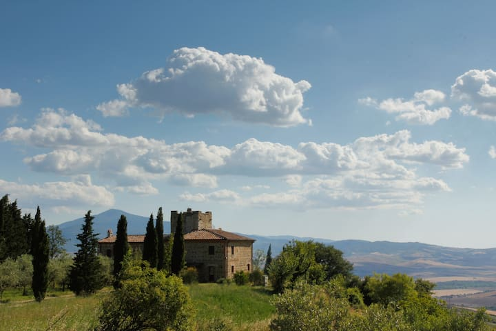 Iperbole countryhouse, in Val d'Orcia, Tuscany - Monticchiello