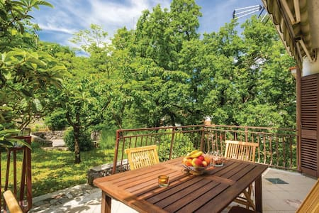 Holiday house Gregov, 7+2 persons - Buzdohanj