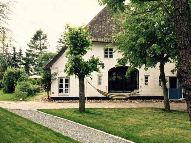 Eider Cottage (upper floor) - Süderstapel