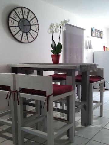 Gîte appart'  'La Lédenonette' - Lédenon - Appartement
