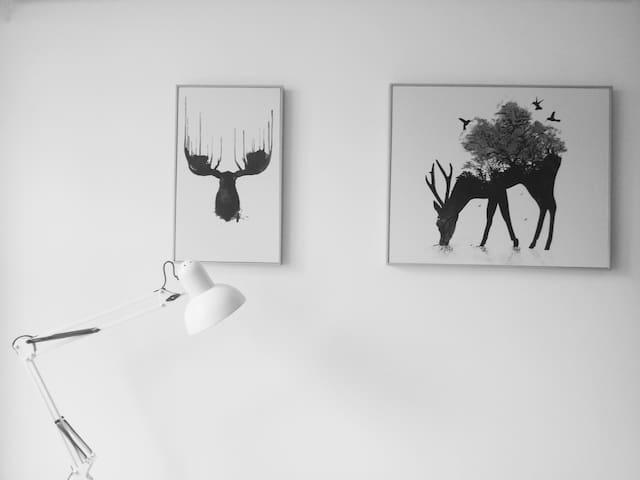 「無山」,摄影师的家,手工皮具工作室。